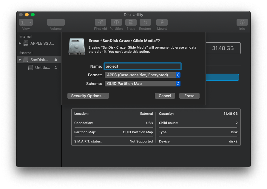 Disk Utility window with formatting options selected for USB encryption