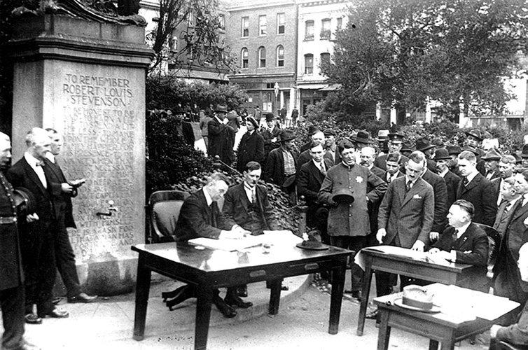 San Francisco open-air police court hearing, 1918